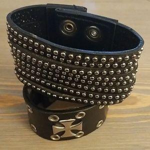 Snap punk bracelets